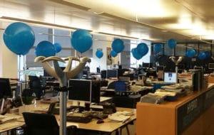 festa aziendale palloni giganti